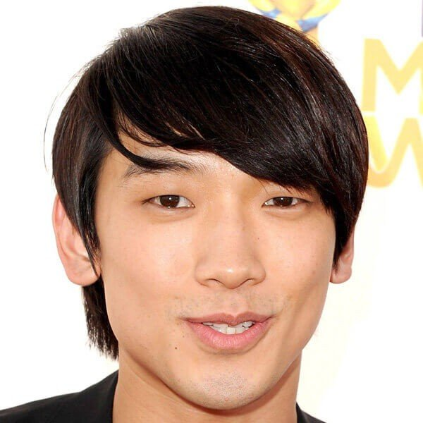 Hairstyles Asian Male Short : Hairstyles for asian men