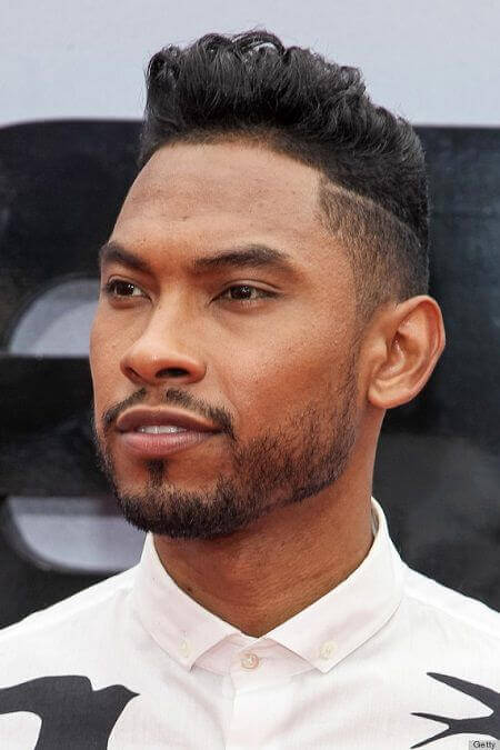 Shaved side hairstyles are also called undercut.