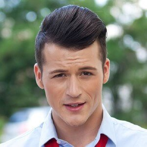 pompadour-hairstyle1
