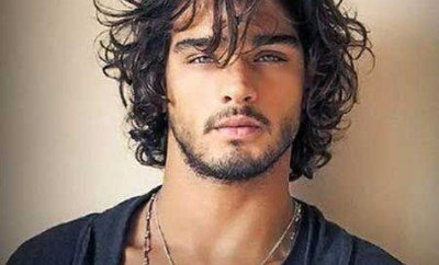 The Best Curly Hairstyles for Men-1461