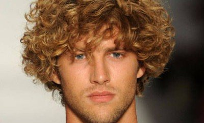 The Best Curly Hairstyles for Men-1472